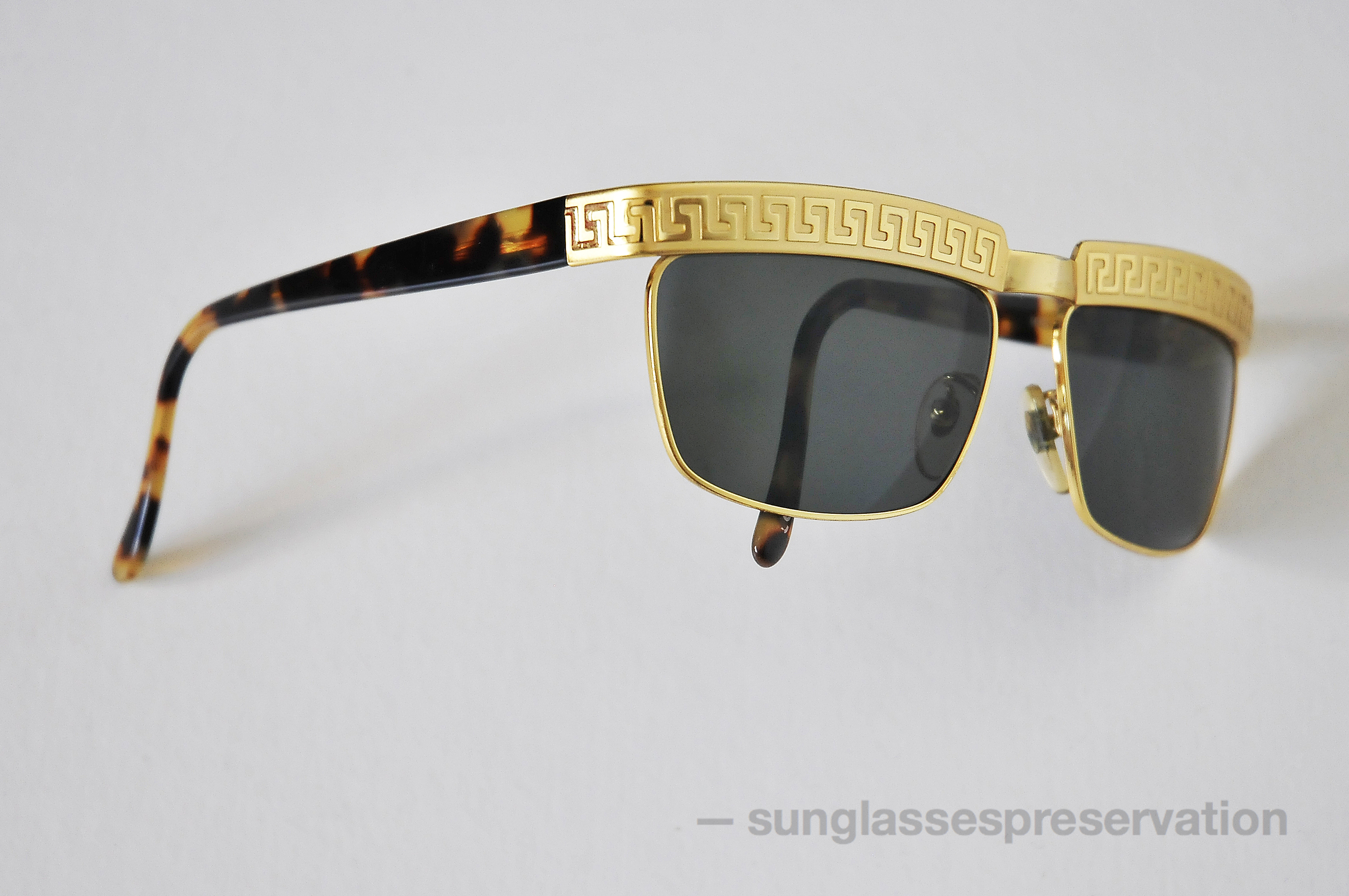 Versace Sunglasses Gold Frame : VERSACE model S 82 col. 28L 90s sunglassespreservation