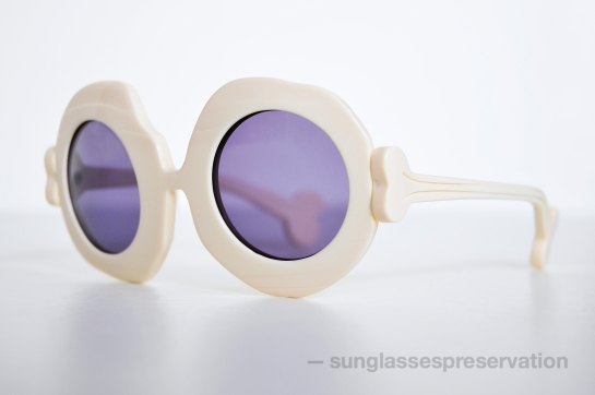 JEREMY SCOTT by LINDA FARROW mod BONE col 1 ss10 sunglassespreservation