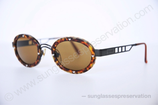 MOSCHINO mod MM 3010 S 90s © sunglassespreservation