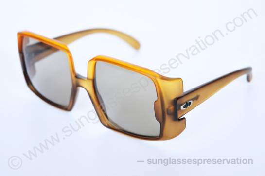 Christian Dior mod 2004 70s © sunglassespreservation