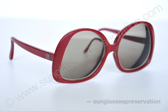 PIERRE CARDIN red frames 60s © sunglassespreservation