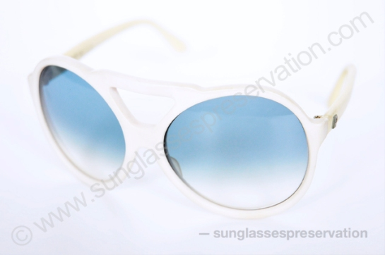 PIERRE CARDIN white pilot 350 42 70s © sunglassespreservation